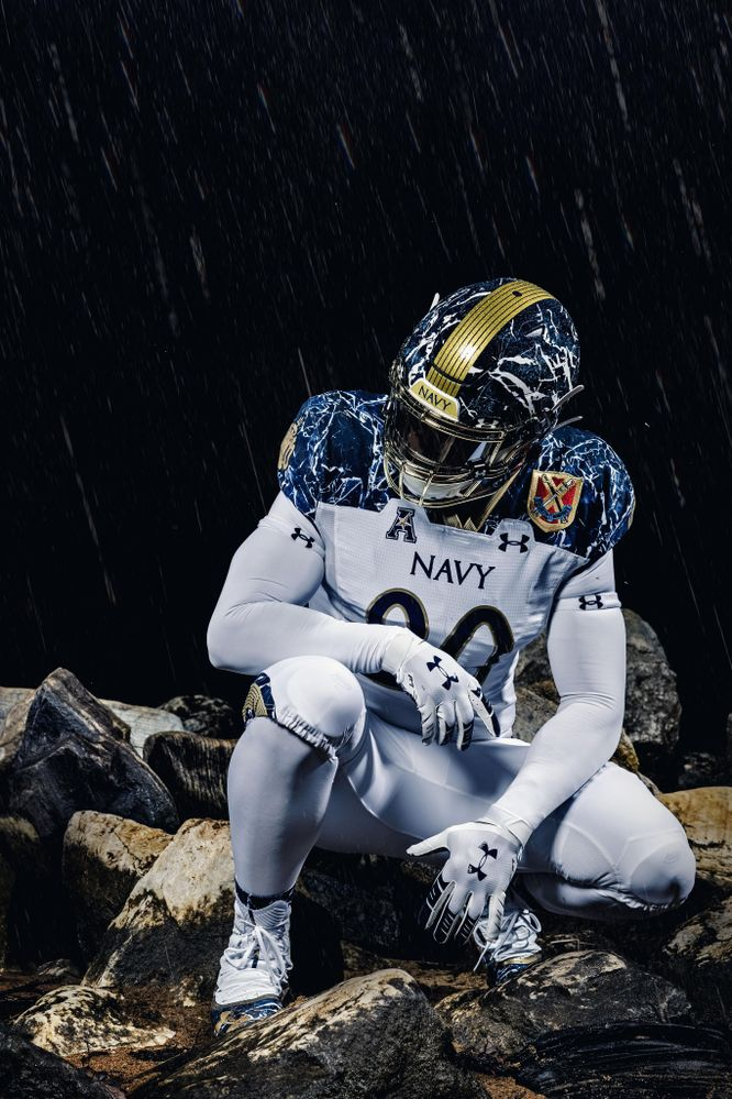 Army-Navy-Game-Navy-Uniform4-USAA-Community.jpeg