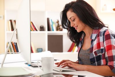 How to Use Social Media and Blogging to Create a Personal Brand | USAA Member Community