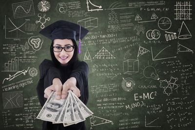 Personal Finance Tips for Students in Higher Education | USAA Member Community