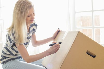 USAA Member Community 4 Ways to Prevent Lost Boxes.jpg