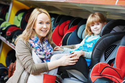 USAA-Community-Choosing-Car-Seatsmall.jpg