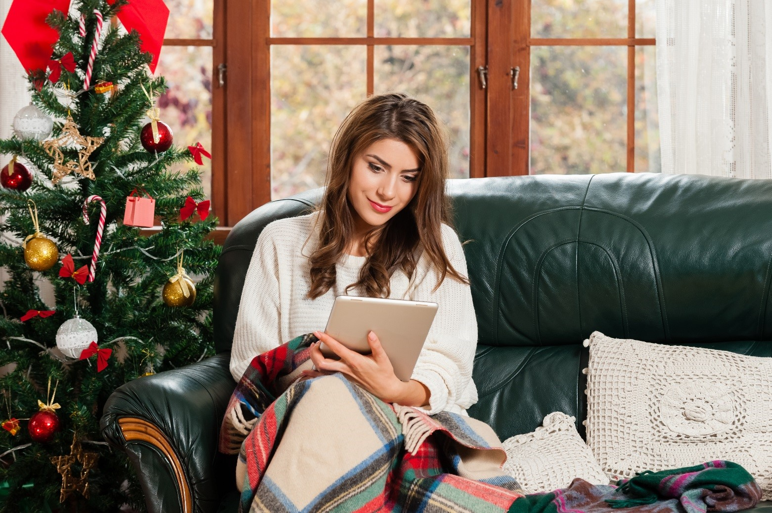 Staying Connected with Your {Deployed} Spouse During the Holidays