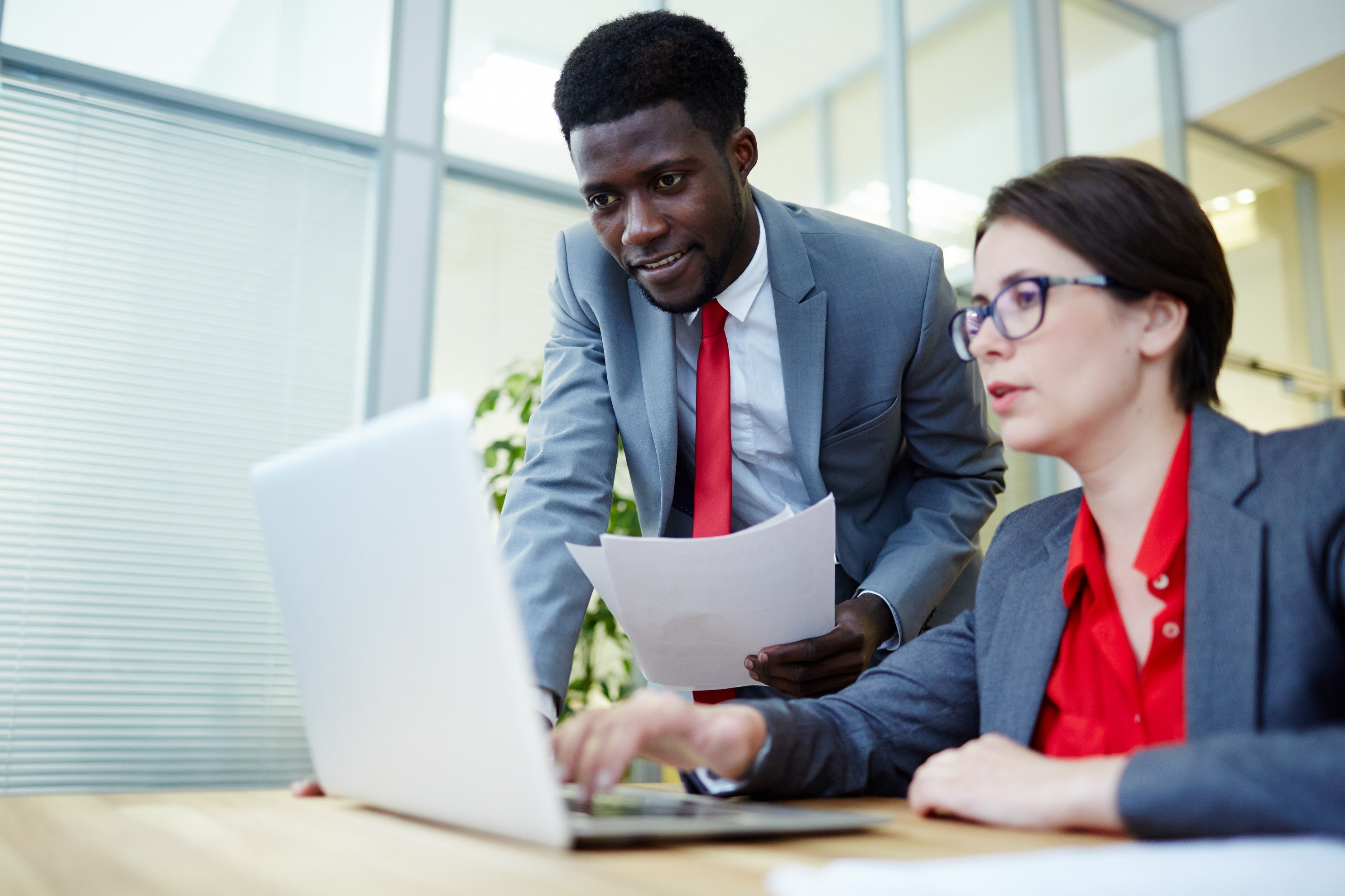 USAA-Member-Community-Two-People-At-Office-small.jpg