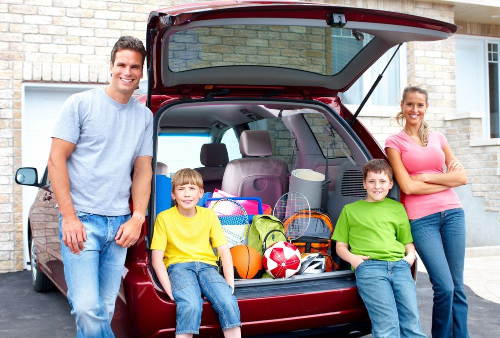 USAA Community Military Moms in Minivans.jpg