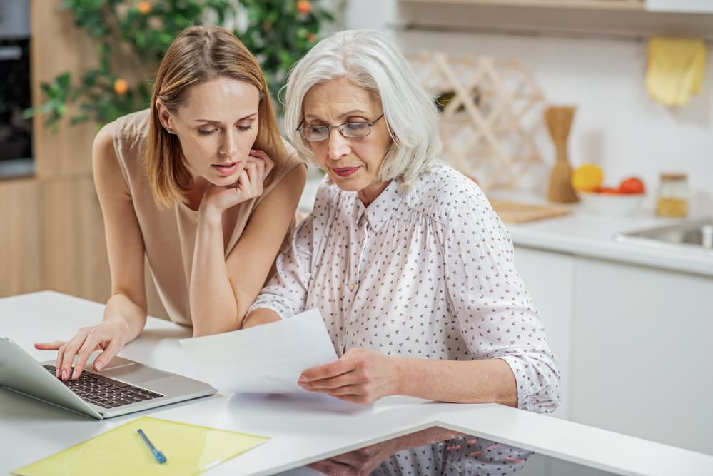 Conversation Starters for Holiday Talks with Your Aging Parents