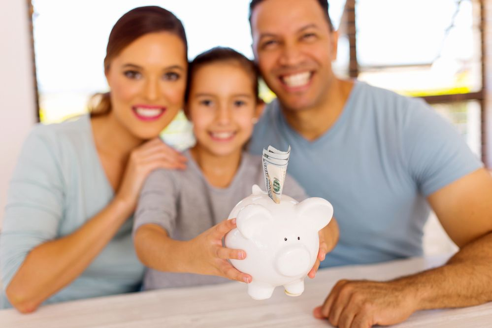 USAA Community 5 Money Saving Challenges for the New Year.jpg
