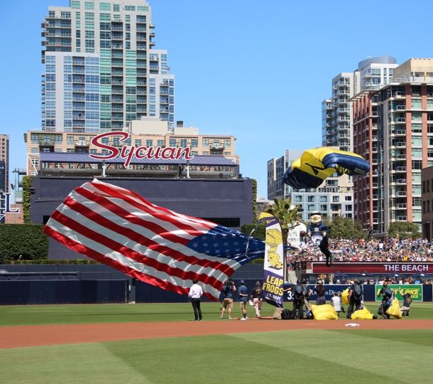 USAA Community - San Diego Padres - The US Navy Parachute Team - The Leap Frogs