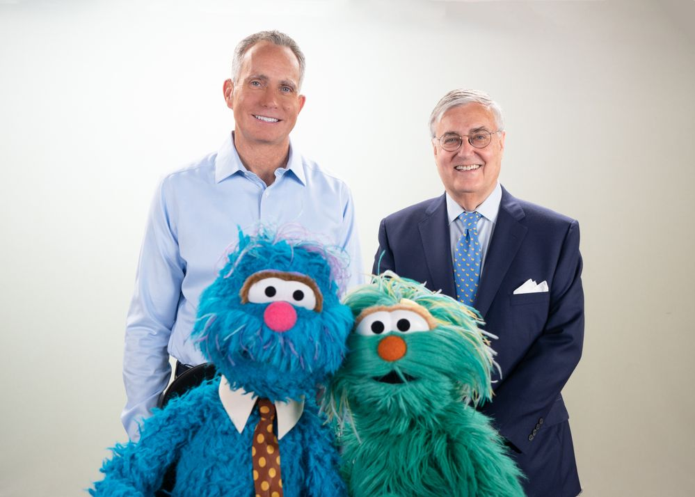 Sesame Workshop, USAA, and the Bob Woodruff Foundation work together to launch multimedia Sesame Street for Military Families
